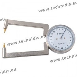 Lens gauge with metal tips